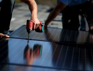 California solar power & Energy Consultants Aqua dream Pools. Building Solar panels.